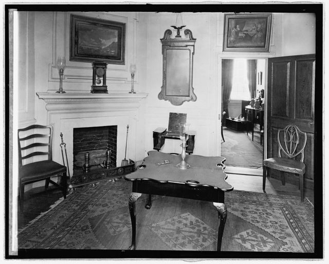 Mt. Vernon, [Virginia], Mrs. Wash. sitting room
