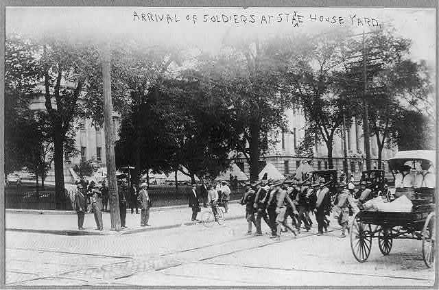 Ohio - arrival of National Guard soldiers at State House yard, Columbus, 1910 - street railroad strike