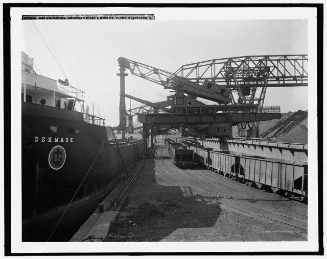 Ore unloading, American Steel & Wire Co. [Company] plant, Cleveland, O[hio]