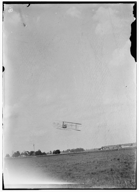 [Orville Wright and A.B. Lambert flying; Simms Station, Dayton, Ohio]