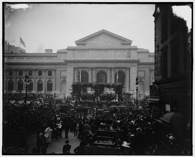 [Reviewing Naval parade from New York Public Library, New York, N.Y.]