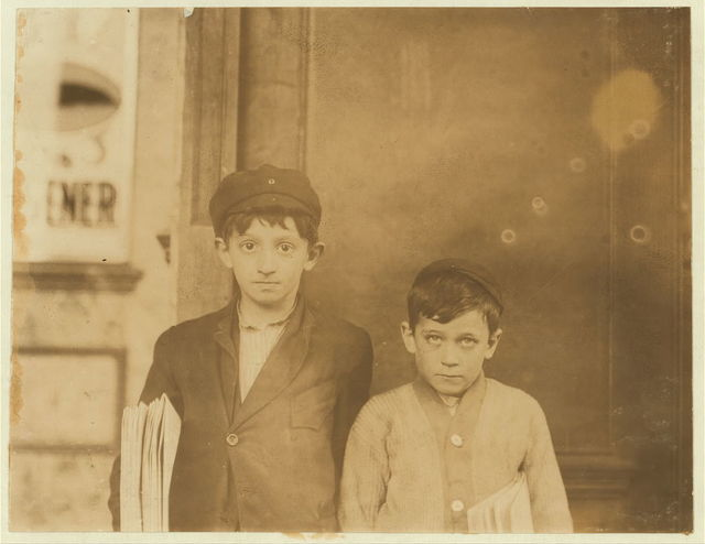 Smallest boy, Max Case, 19 S. 16th St. 8 years old. Makes from 20 cents a day up. Made $3 at Christmas time. Large boy Jo Bruzen 2026 Market St., 9 years.  Location: St. Louis, Missouri.