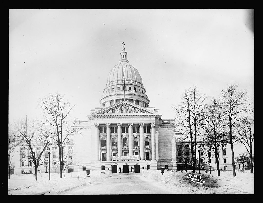 [State Capitol Building, Madison, Wisconsin]