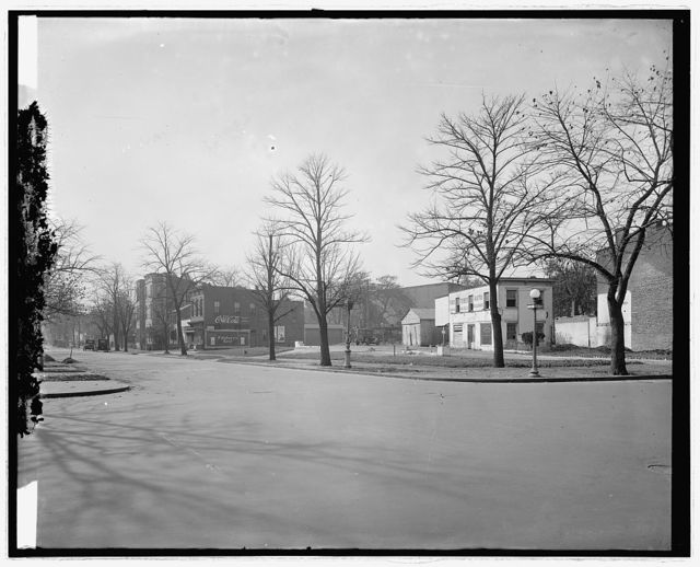 [Street scene, Massachusetts Ave. and 2nd St., N.W., Washington, D.C.]