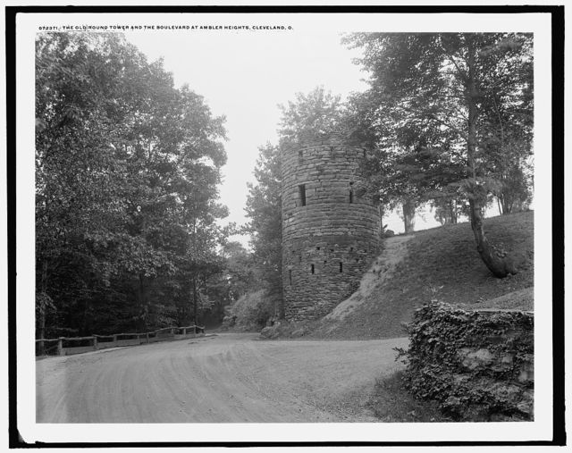 The Old round tower, and the boulevard at AmblerHeights, Cleveland, O[hio]