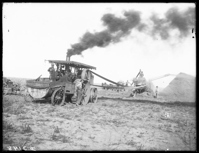 Threshing by steam engine on W.M. Fellows farm near Kearney, Nebraska.