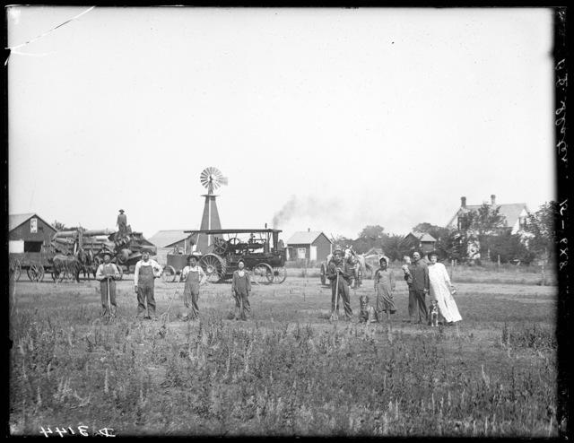 Threshing crew and family on B.C. Slater farm northeast of Kearney, Nebraska.
