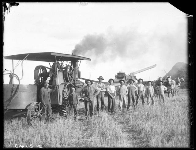 Threshing crew on Slater's farm east of Kearney, Nebraska.