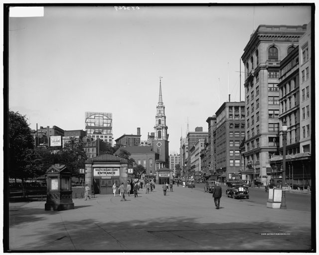 [Tremont Street and the mall, Boston, Mass.]
