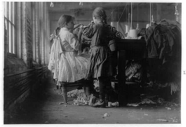 Two of the tiny workers, a raveler and a looper in Loudon Hosiery Mills.  Location: Loudon, Tennessee.