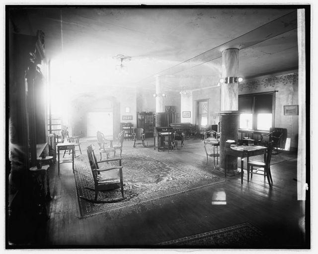 Winston Hotel interior