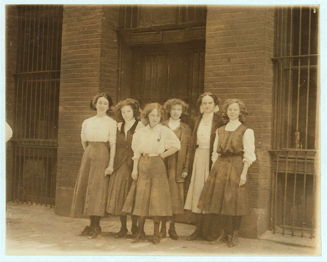 Young girls who work 9 to 10 hours a day in Inland Type Foundry. St. Louis.  Location: St. Louis, Missouri.