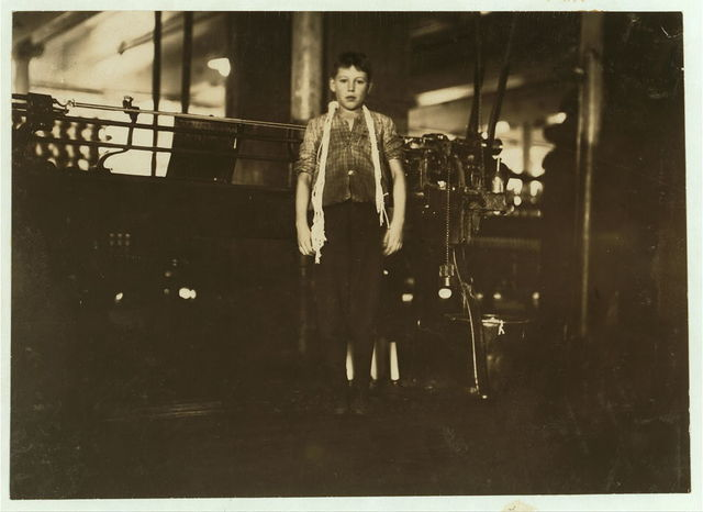 [Dosilav Loselle, 6 Gardner Rd. (At his Machine) Young band boy in 5 and 6; been there three months.]  Location: Chicopee, Massachusetts.