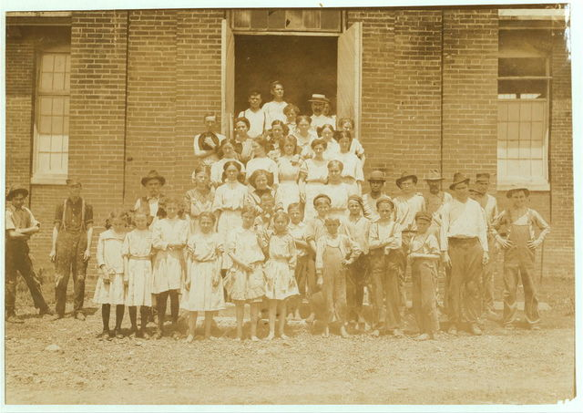 Entire force at the Yazoo City (Miss.) Yarn Mills. Posed by the Supt. Note the proportion of youngsters, all workers.  Location: Yazoo City, Mississippi.