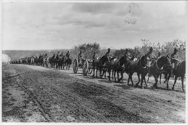 Fort Sam Houston, Tex., 1911-1912: Artillery on hike