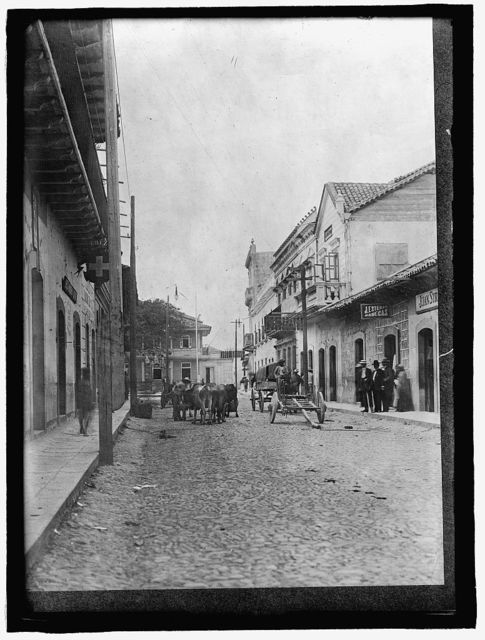 HONDURAS. STREET SCENE IN TEGUCIGALPA