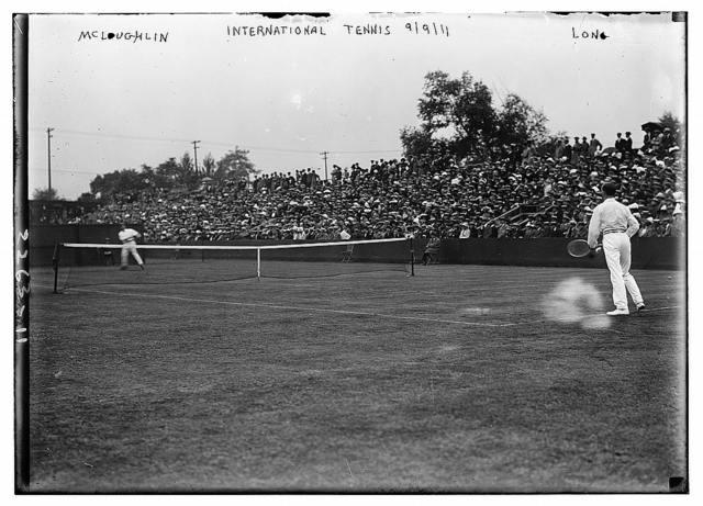 International Tennis - McLoughlin, Long