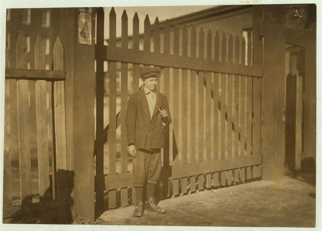 Joseph Maslak (alone), 3 Depot St., or 34 Front St., (see 2637).  Location: Chicopee, Massachusetts.