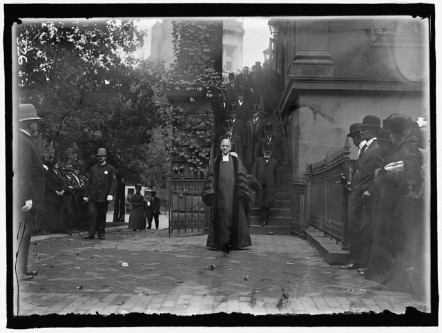 JUSTICE HARLAN, FUNERAL. RADCLIFFE, DR. WALLACE, PASTOR, NEW YORK AVENUE PRESBYTERIAN CHURCH