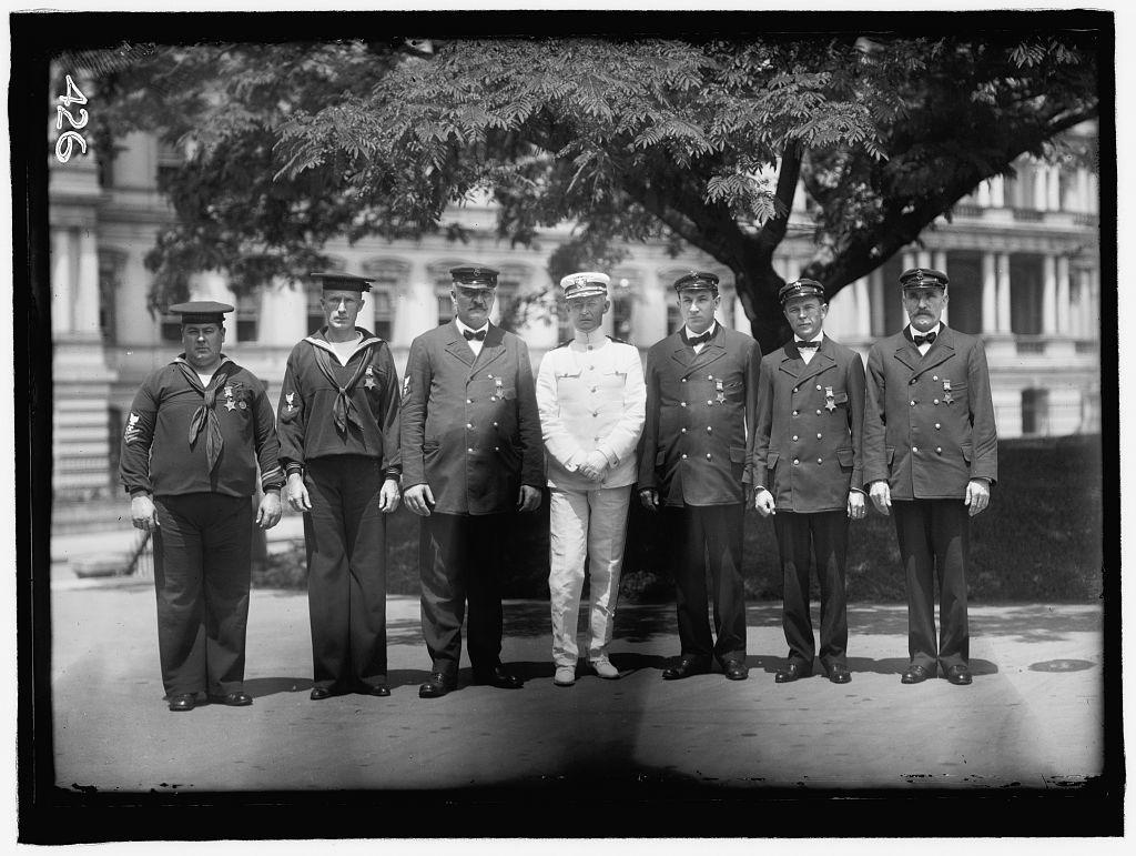 NAVY, U.S. HONOR MEN OF NAVY; GROUPS