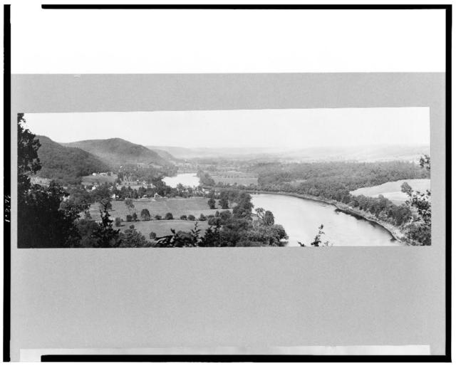 [North view from High Knol[sic] of river and rolling hills, Dingman's Ferry, Pennsylvania]
