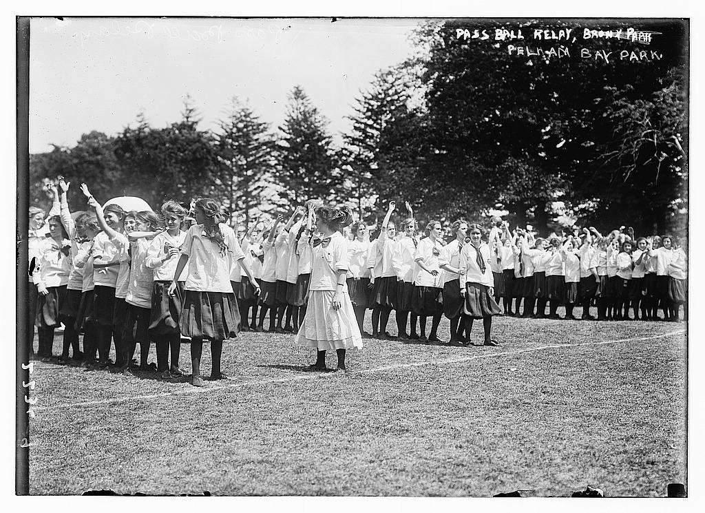 Pass ball relay, Pelham Bay Park