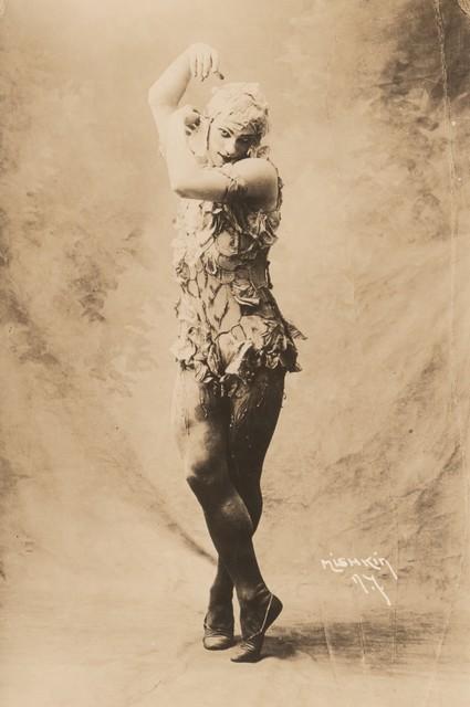 Photograph of Vaslav Nijinsky in Le Spectre de la Rose, 1911