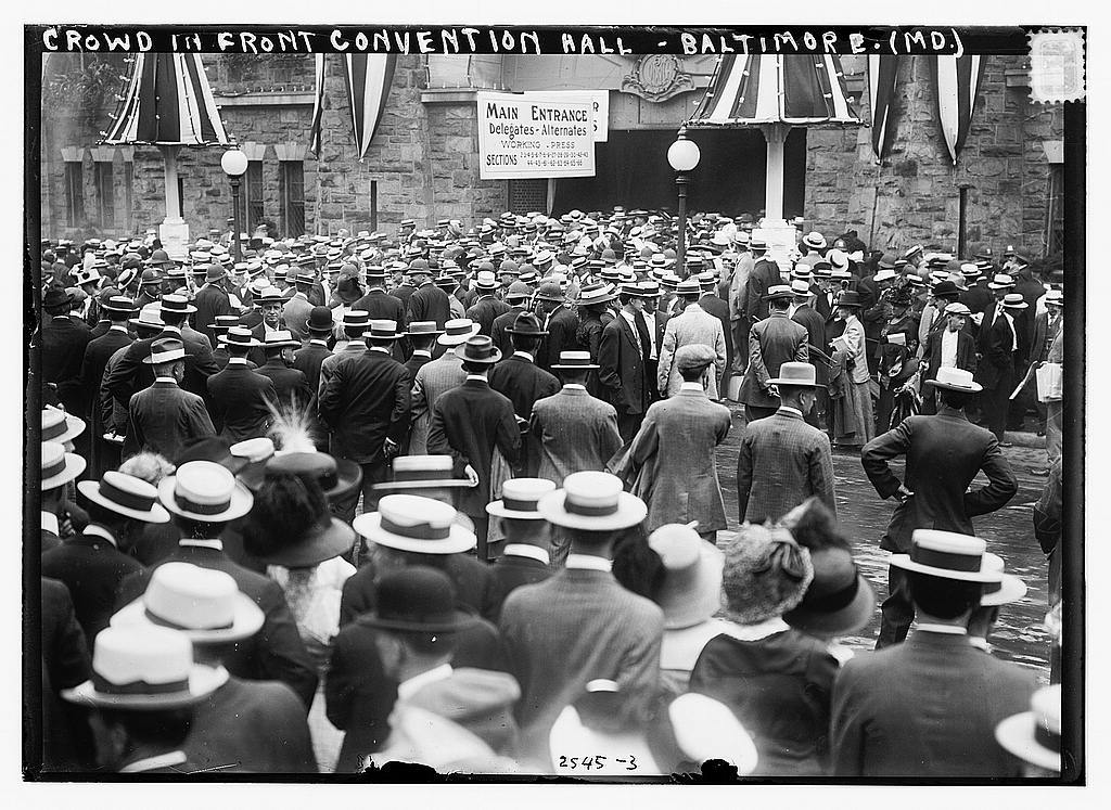 Crowd in front of Convention Hall, Baltimore, Md.