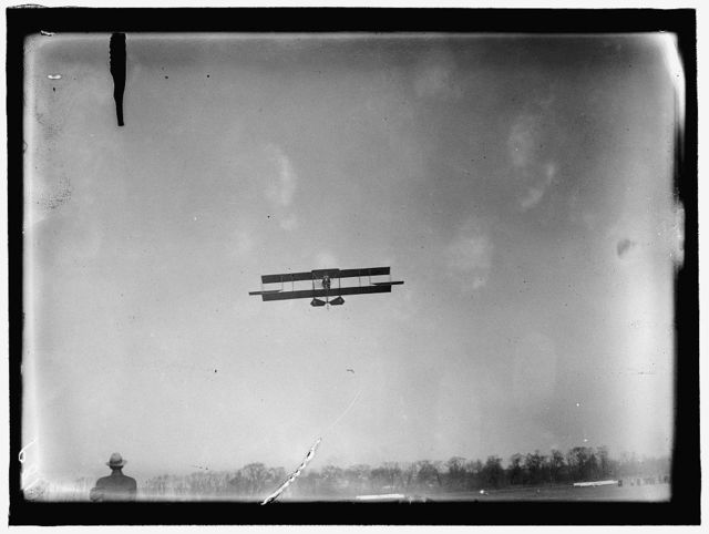 CURTISS AIRPLANE. TESTS OF CURTISS PLANE FOR ARMY. GENERAL VIEWS