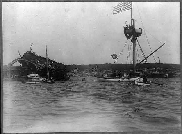 "Destruction of ""Maine"", Havana harbor, Cuba, Spanish-American War 1898"