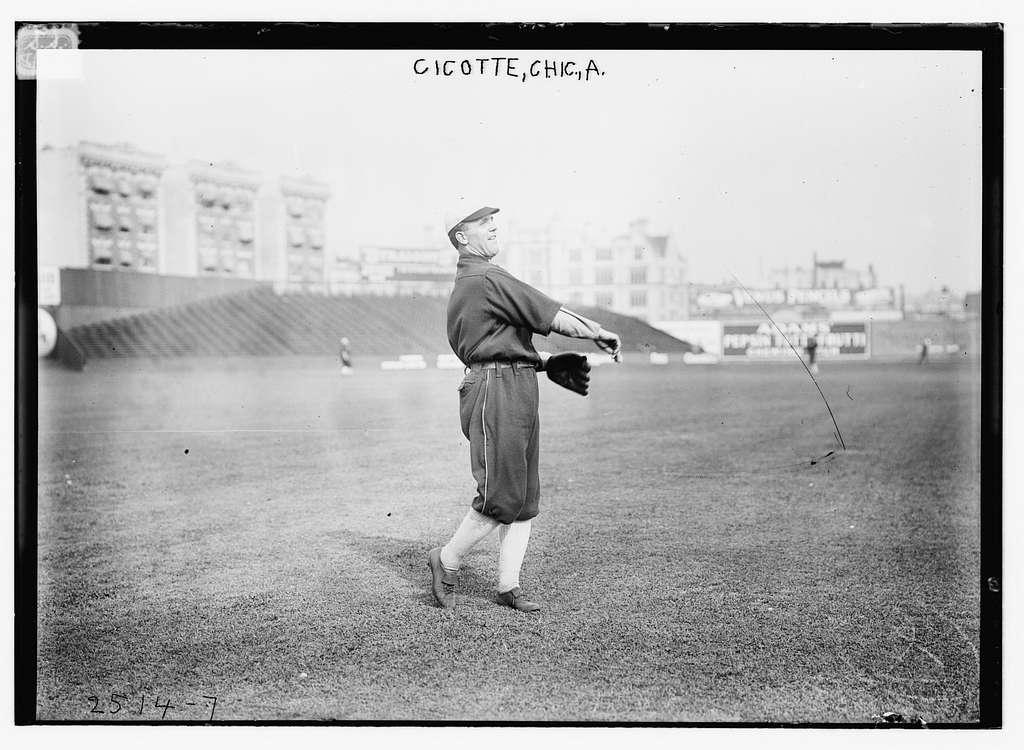 Eddie Cicotte, Chicago AL, at Hilltop Park, NY (baseball)