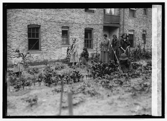 Food Adm., Girl Scout garden, 1 & T St. N.E., [Washington, D.C.]