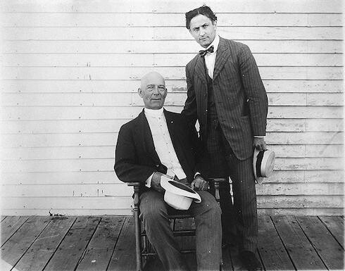 [Harry Houdini, full-length portrait, standing, and Harry Kellar, seated]
