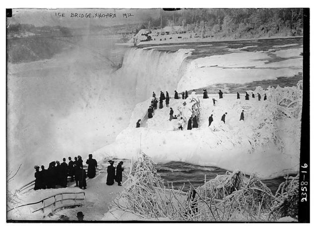 Ice Bridge, Niagara 1912