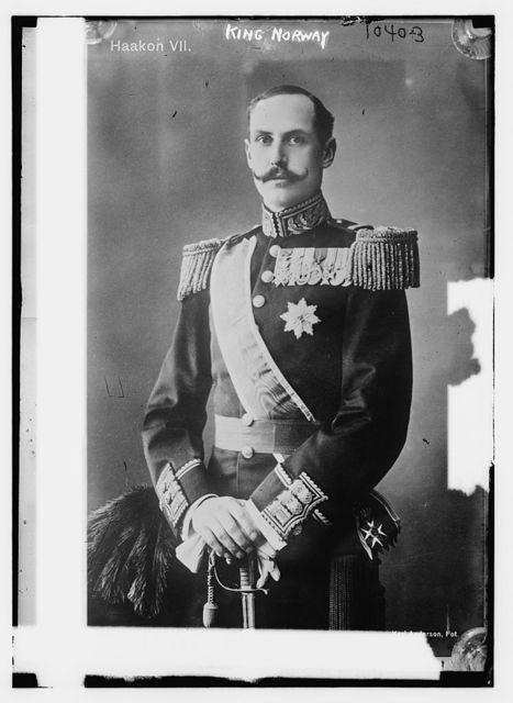 King of Norway in uniform, Karl Anderson Photo / Karl Anderson, Photo.