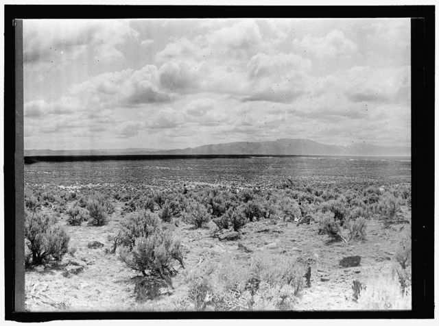 MINIDOKA PROJECT. U.S. RECLAMATION BUREAU. MINIDOKA DESERT IN 1905, BEFORE IRRIGATION