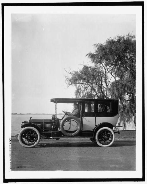 Packard 1912 limousine