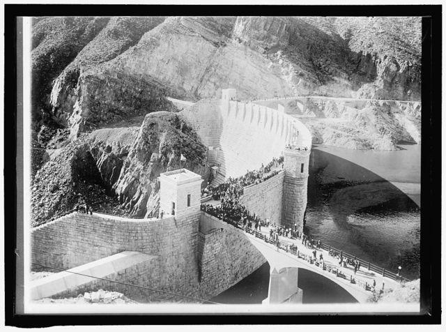 ROOSEVELT DAM, ARIZONA. SALT RIVER PROJECT OF BUREAU OF RECLAMATION. DEDICATION SCENE