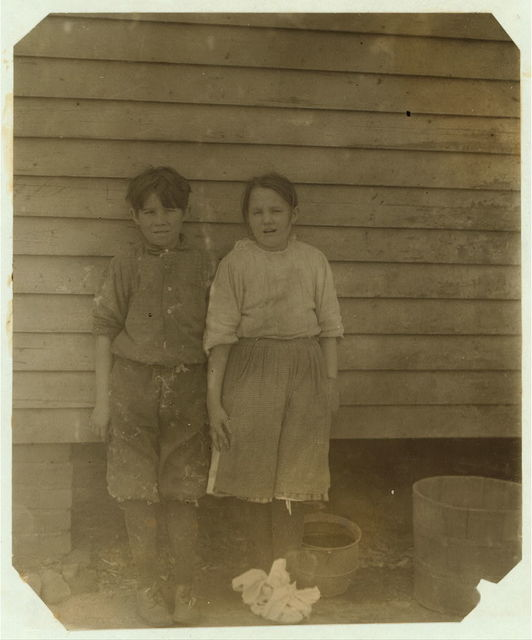 Twin spinners in Saxon Mill, Spartenberg [sic], S.C. Joe and Pearl Steading, 75 William St., make 44 cents a day each. Another sister works. Mother a widow.  Location: Spartanburg, South Carolina.