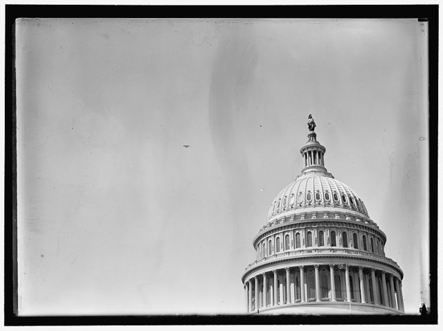 BEACHEY, LINCOLN. ACROBATIC AND STUNT FLYER. OVER CAPITOL IN SPECIALLY BUILT CURTISS PLANE