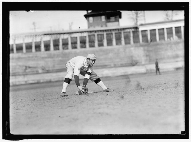 [Bill Morley, Washington AL prospect wearing Knoxville Reds, Appalacian League uniform, at University of Virginia, Charlottesville (baseball)]