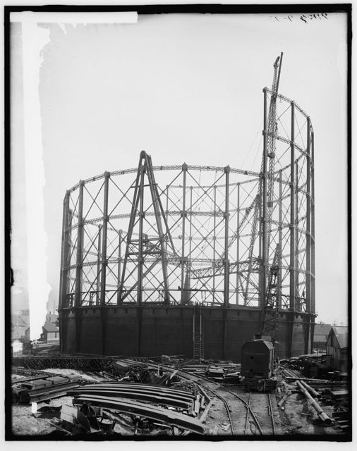 [Detroit City Gas Company, north end of gas holder]
