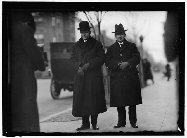 HILLES, CHARLES DEWEY. CHAIRMAN, REPUBLICAN NATIONAL COMMITTEE, 1912-. SECRETARY TO PRESIDENT TAFT, 1911-1913. LEFT, WITH TUMULTY