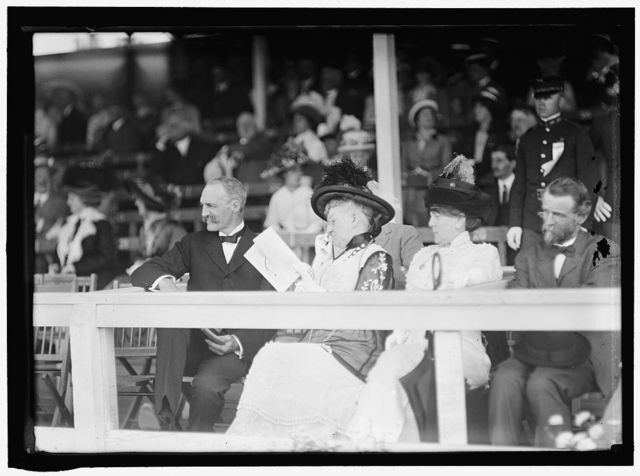HORSE SHOWS. GIFFORD PINCHOT; MRS. CHARLES BOUGHTON WOOD
