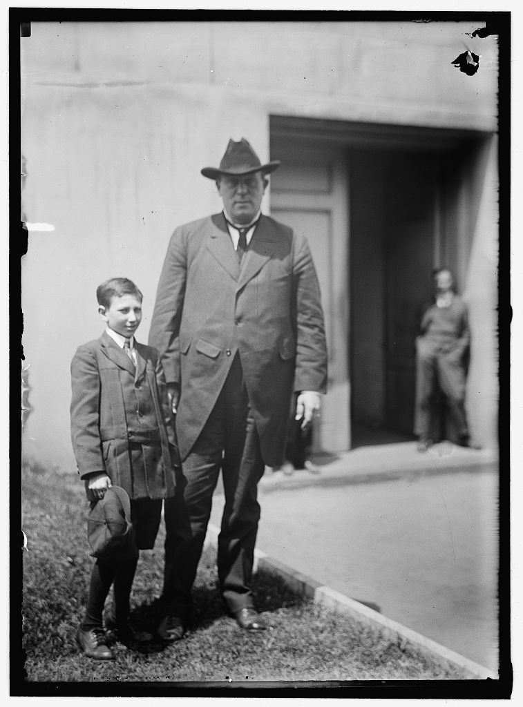 JAMES, OLLIE M. REP. FROM KENTUCKY, 1903-1913; SENATOR, 1913-1918. WITH DOUGLAS E. SEELEY, YOUNGEST SENATE PAGE