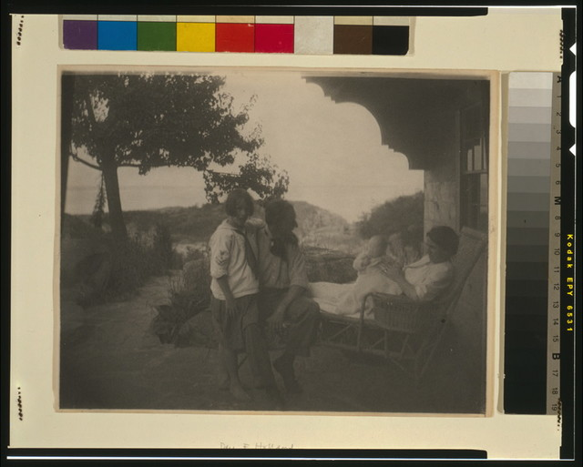 [Ruyl family (Mrs. Beatrice Ruyl in chaise lounge with Barbara (baby), Mr. Ruyl seated with Ruth (in sailor suit)]