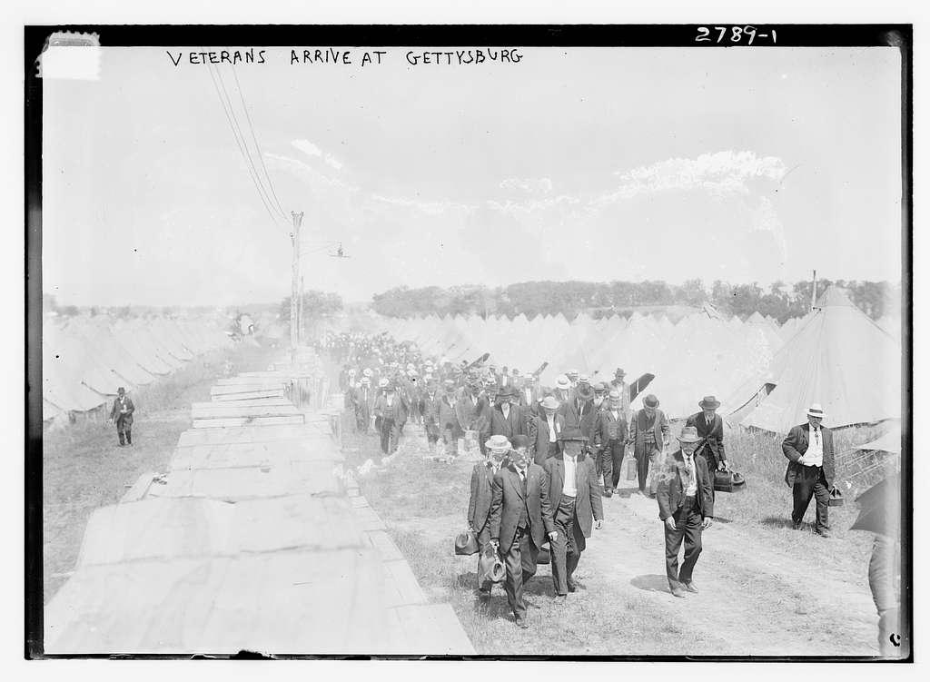 Veterans arrive at Gettysburg