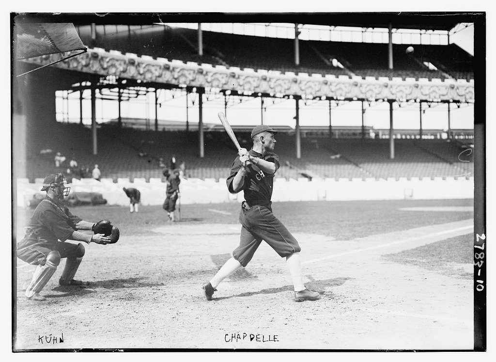 Walt Kuhn, catcher & Larry Chappell, Chicago AL, at the Polo Grounds, NY (baseball)