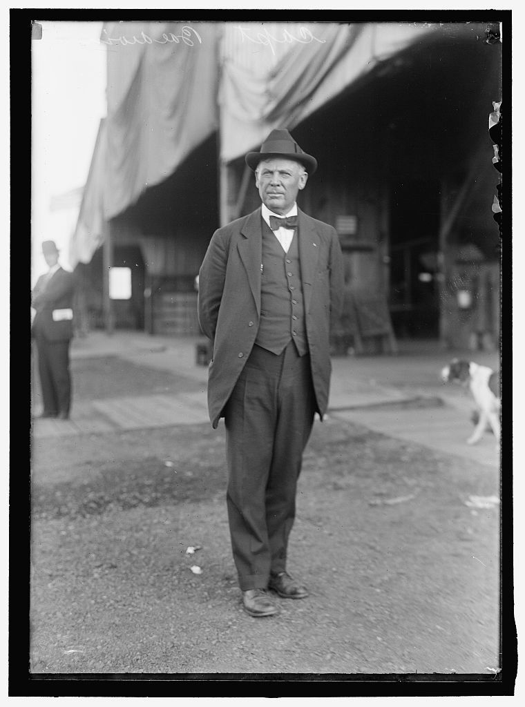 BALLOONS. CAPT. THOMAS S. BALDWIN, N.A., WHO BUILT DIRIGIBLE BALLOON #1 EXCEPT THE ENGINE, WHICH WAS MADE BY CURTISS