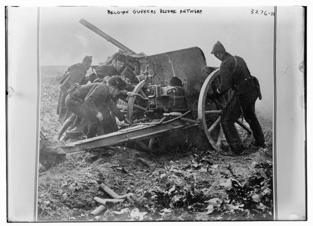 Belgian Gunners before Antwerp